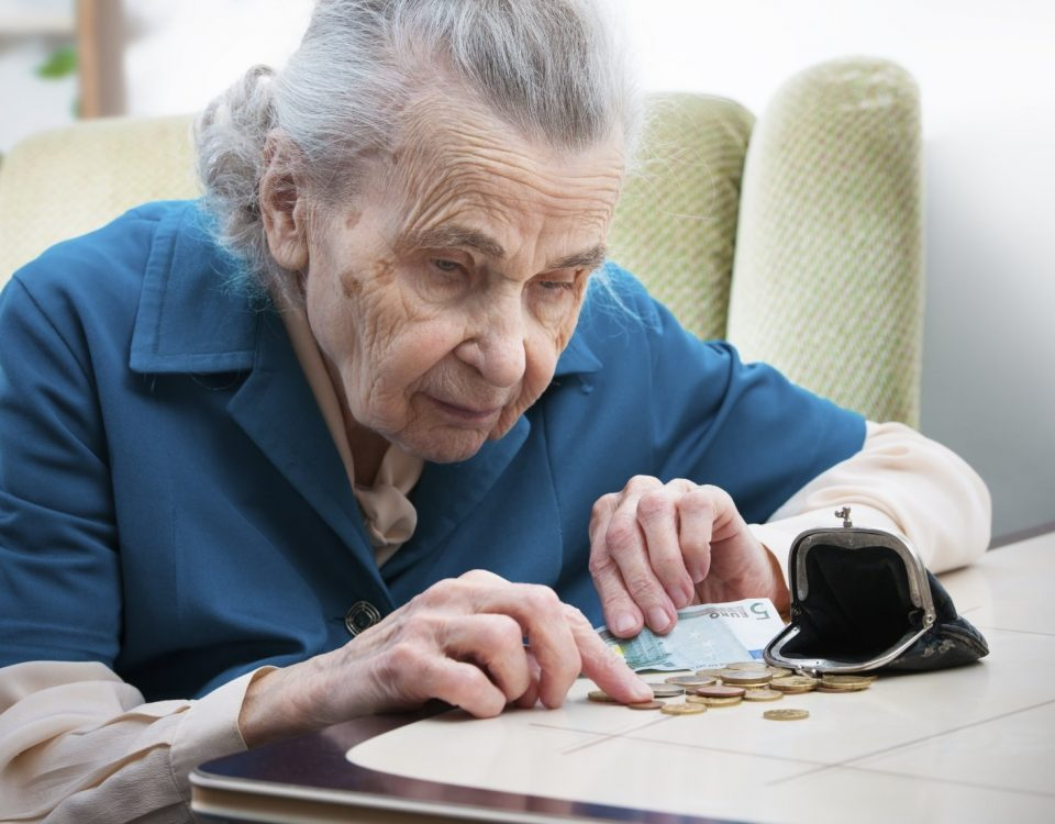 Повышение пенсионного возраста станет неизбежностью // therussiantimes.com