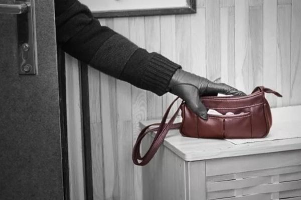 Карманников не останавливает даже пенсия // sovetadvokatov.ru